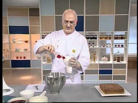 Encuentra el texto completo de esta receta en http://elgourmet.com/receta/pastel-de-tres-leches-torta-de-pastores elgourmet.com - Una receta de Osvaldo Gross