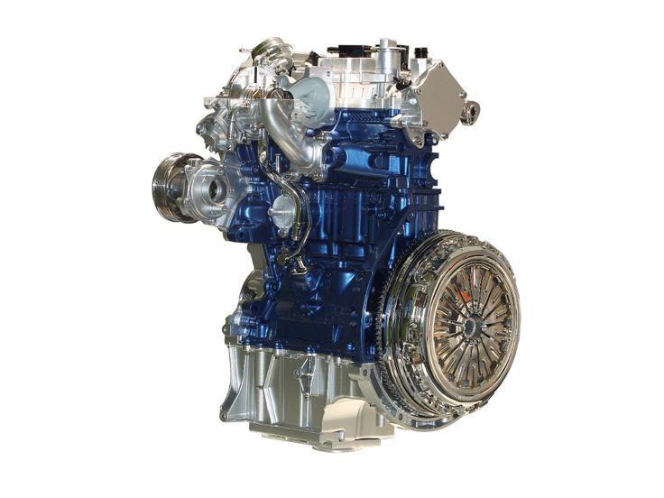 Jako pierwszy model w Europie, Ford Focus oferowany będzie z nowym, oszczędnym silnikiem benzynowym 1.5 EcoBoost (150 KM oraz 180 KM) oraz nową jednostką wysokoprężną 1.5 TDCi (95 KM oraz 120 KM). Ponadto model Focus nadal zamówić będzie można z benzynowym silnikiem 1.0 EcoBoost (100 KM oraz 125 KM), na który w ubiegłym roku zdecydowała się 1/3 nabywców tego modelu. Motor ten otrzymał w 2012 i 2013 roku tytuł jednostki napędowej roku (ang. International Engine of the Year).
