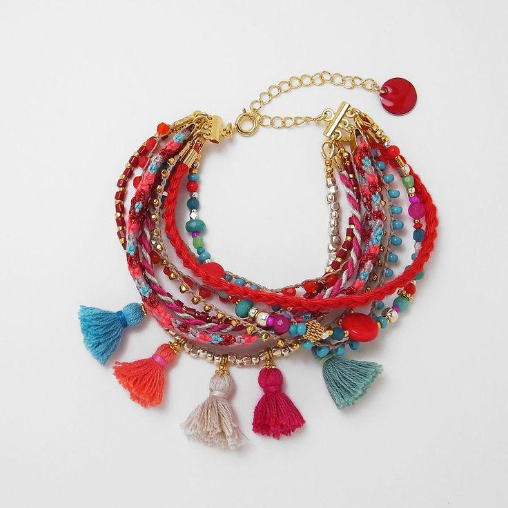 jingling bracelet | Yofi もっと見る