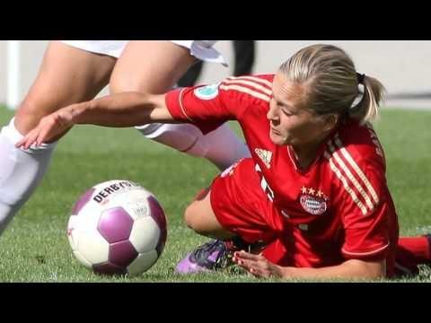 Frauenfußball-Bundesliga: Hinrunde 2012/13 in Bildern