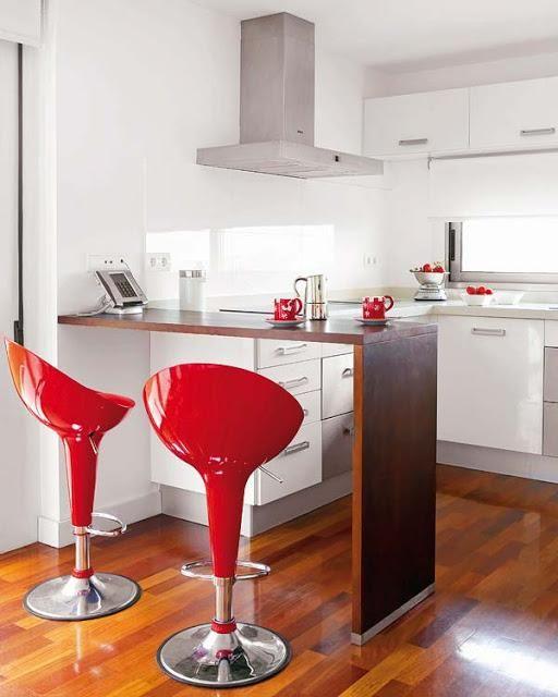 Cocinas peque as y modernas con barra for Barras de desayuno para cocinas pequenas