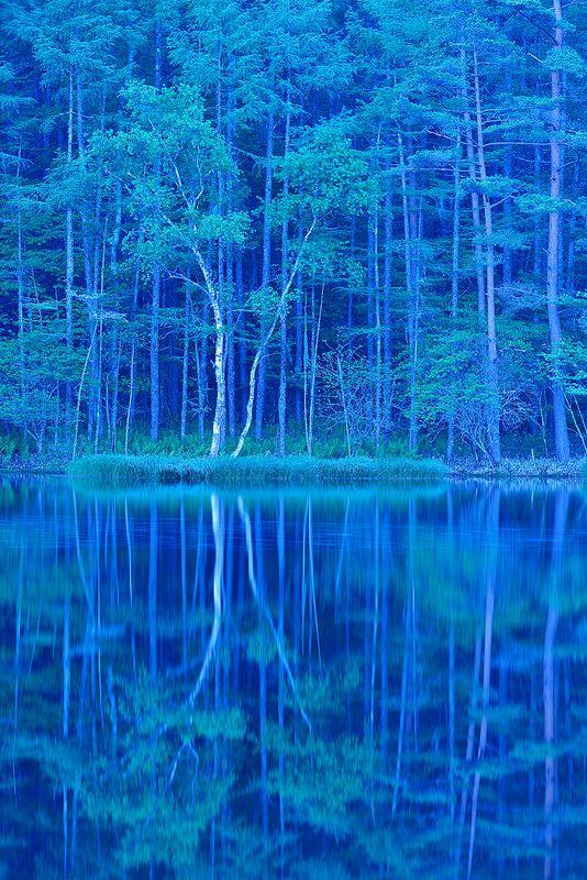 Mishaka pond, Nagano, Japan. 御射鹿池