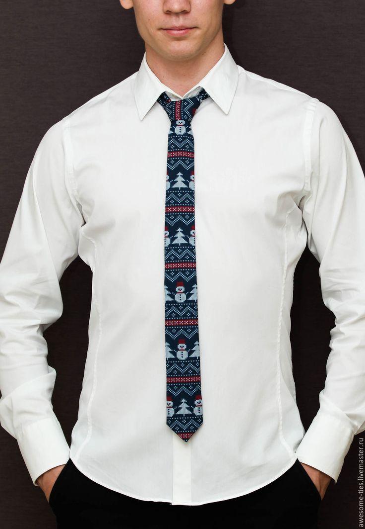 """Купить Новогодний галстук """"Снеговики"""", подарок мужчине на Новый год 2017 - тёмно-синий, подарок на новый год"""
