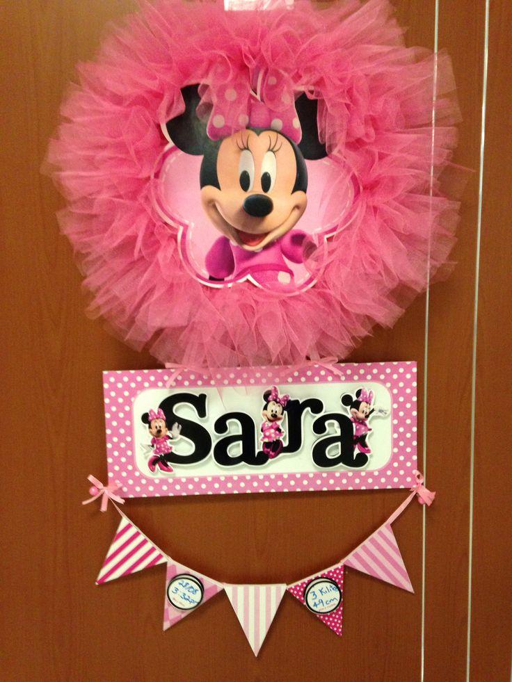 Colgante o letrero de la puerta de la maternidad o el cuarto del bebe. Minnie mouse rosa. Casita del detalle en facebook