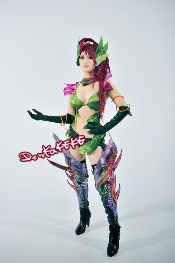 1000+ images about Zyra Cosplay (League of legends) on ...