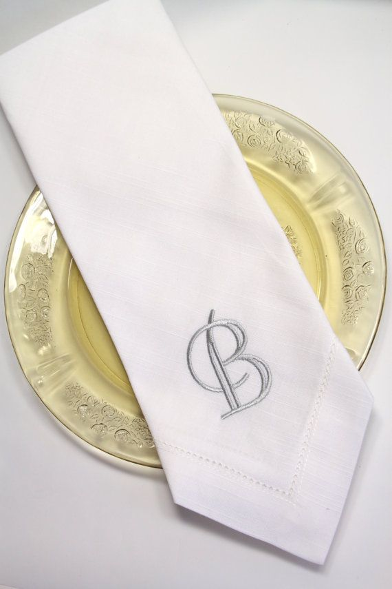 select monogrammed embroidered cloth napkins    set of 4    dinner napkins  cotton linens  hostess