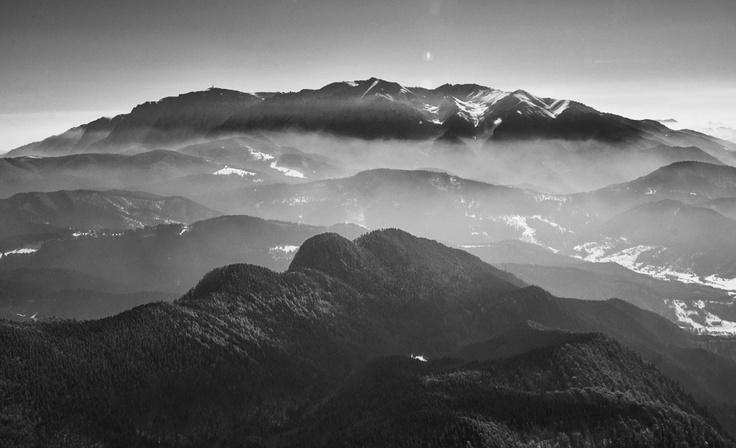 Bucegi Mountains  www.zborpestetransilvania.ro