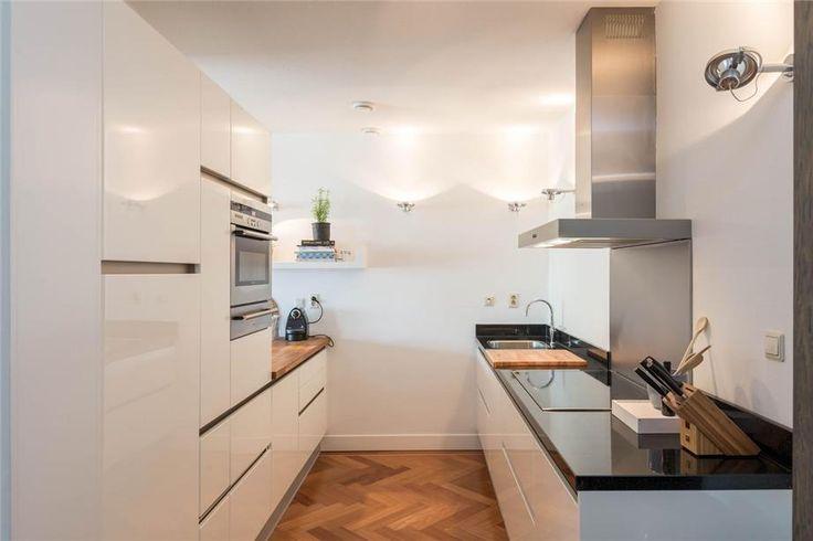 Tijdloze keuken in parallel opstelling
