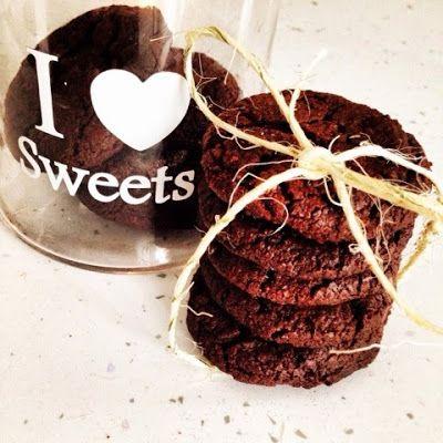 Cookies al cioccolato e fleur de sel http://sugarqueenatwork.blogspot.it/2014/12/cookies-al-cioccolato-e-fleur-de-sel.html