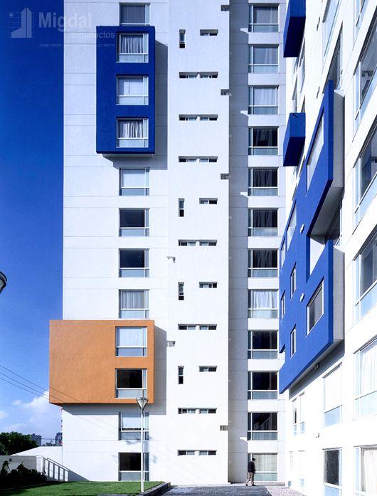 Tres Lagos Mayran, Cd. de México - Migdal Arquitectos. Foto de: Werner Huthmacher