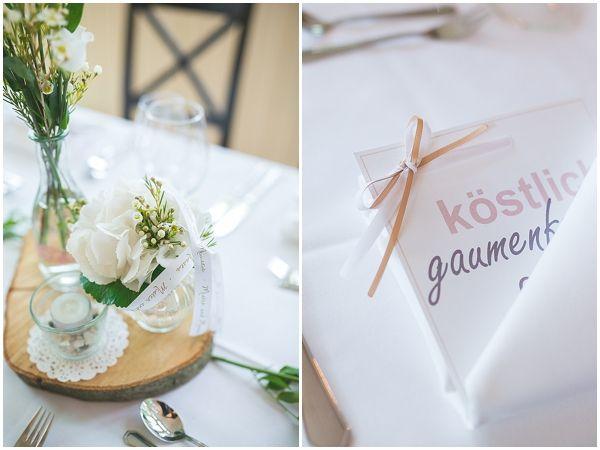 Baumscheiben mit Vintage-Deko  *** Hochzeit - Blumen ***  Pinterest ...