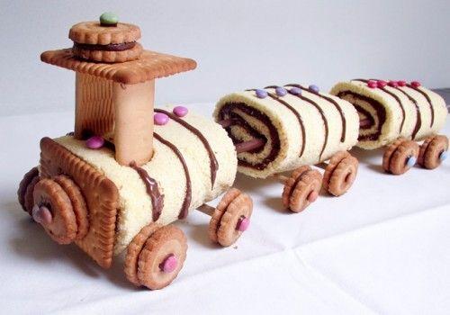 TUTORIAL - In carrozza, si parte! Con la torta trenino, il mezzo di locomozione ideale per viaggiare nel magico mondo della fantasia in questa fantastica estate.  Ingredienti per la base: Uova 5 medie Zucchero 120 g Miele (o sciroppo d´agave) 10 g Farina 100 g Vaniglia 1 bustina Ingredienti...