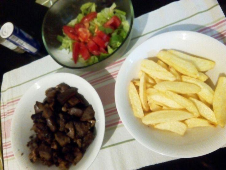 Бараний отруби с картошкой во фритюре