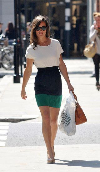 Pippa in a Zara colorblock dress - simple and stylish (I really really want this).