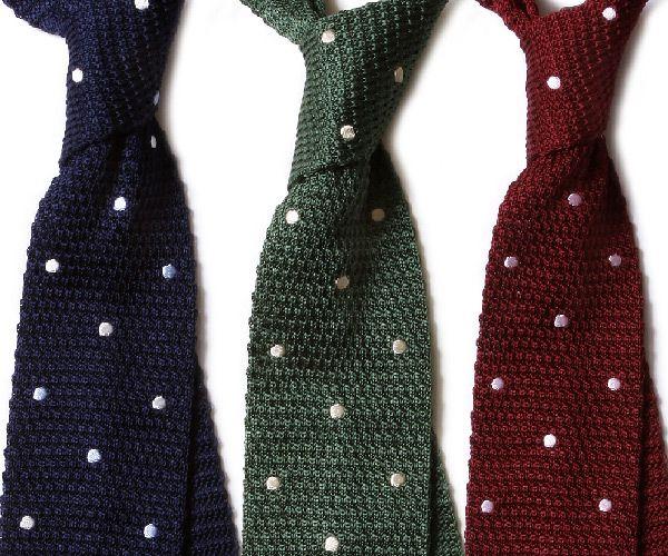 Mens Tie Knitting Pattern : Free Man: Polk dot knit tie get knitted Pinterest
