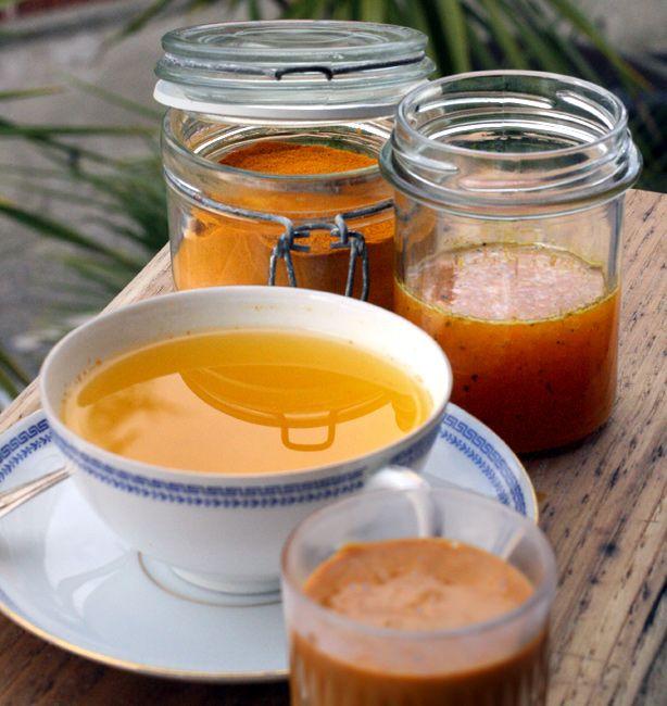Bomba di miele, curcuma e zenzero | http://www.ilpastonudo.it/bevande-infusi-e-tisane/bomba-di-miele-curcuma-e-zenzero/