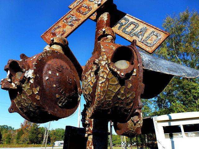Rusty RailRoad crossing signal | Old Railroading ...