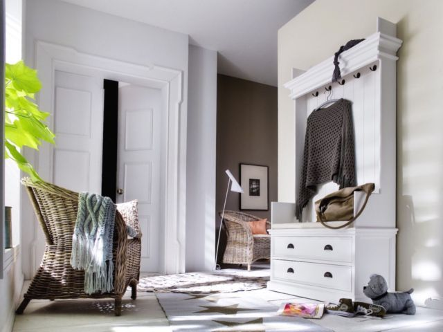 Keep entryway clutter at bay with this attractive bench and coat rack combo. A cleverly designed shelf, in place above the flared crown molding, tops the unit and offers an unexpected display opportunity. Antique brass hooks can accommodate a number of your guests' coats or jackets wit h ease. A seating area is housed above two generous drawers. The included seat cushion adds that extra bit of comfort at day's end. It is made of durable 100 % cotton, with a removable cover for easy cleaning.
