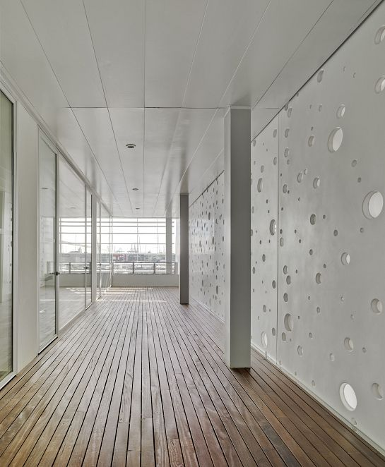 Plazatio marina de empresas erre arquitectura marina for Empresas de arquitectura
