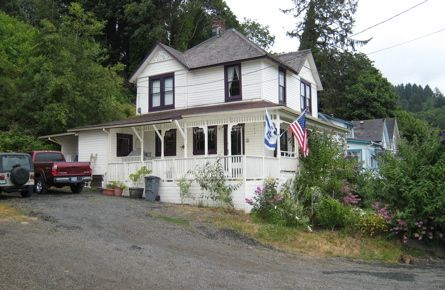 Visit the house from the movie Goonies in charming, historic Astoria Oregon. (Oh and stay at the best hotel in town - the Holiday Inn Express!)