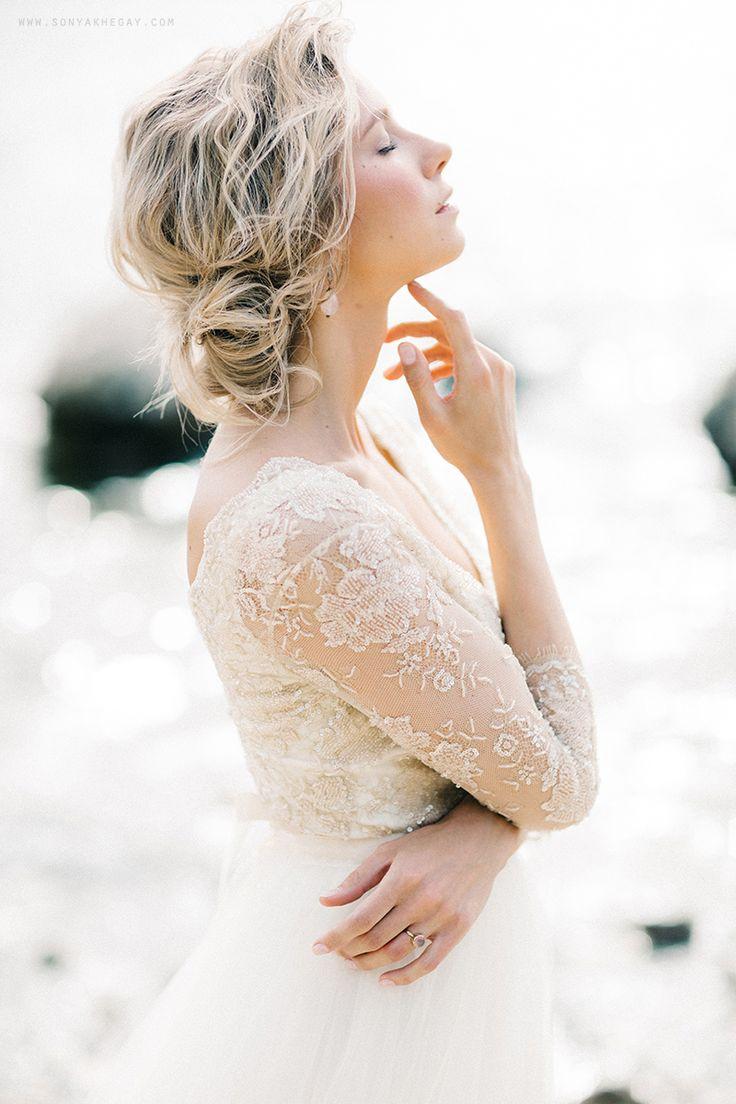 more on the blog www.sonyakhegay.com/bluebells  #wedding #weddingdress #bluebellsdress #sonyakhegay #bride #bridalhair #bridal #bridalmakeup