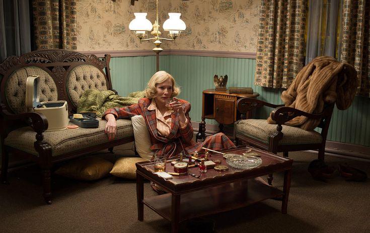 4 marca, niecały tydzień porozdaniu Oscarów naekrany polskich kin dostojnie izmysłowo wkroczy Carol. Oznacza to, żeprzeciętny polski widz jeszcze przedseansem będzie miał natemat tego filmu wyrobione zdanie, apodpowiadać mu wtej kwestii będzie ilość statuetek, jaka nasześć oscarowych nominacji zostanie ostatecznie Carol przyznana. Aleto, czy Akademia wswej wspaniałomyślności postanowi docenić Cate Blanchett, Rooney Marę, reżysera, kostiumy, …