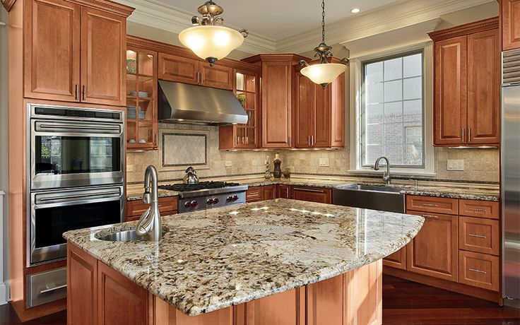 Check out this beautiful Hallmark Peacan #traditional #kitchen design @RandDConcepts