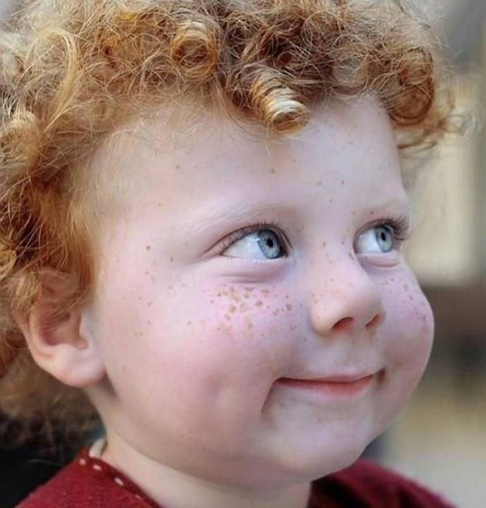 Red head with freckles - Pixdaus....hahaha his face !!!