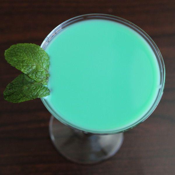 Grasshopper Cocktail recipe: creme de menthe, creme de cacao, light cream