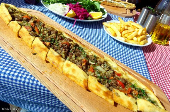 Lighthouse Restaurant along Çalış Beach has a real seaside feel to it & their tasty Turkish pide is amongst the best in the Fethiye area.