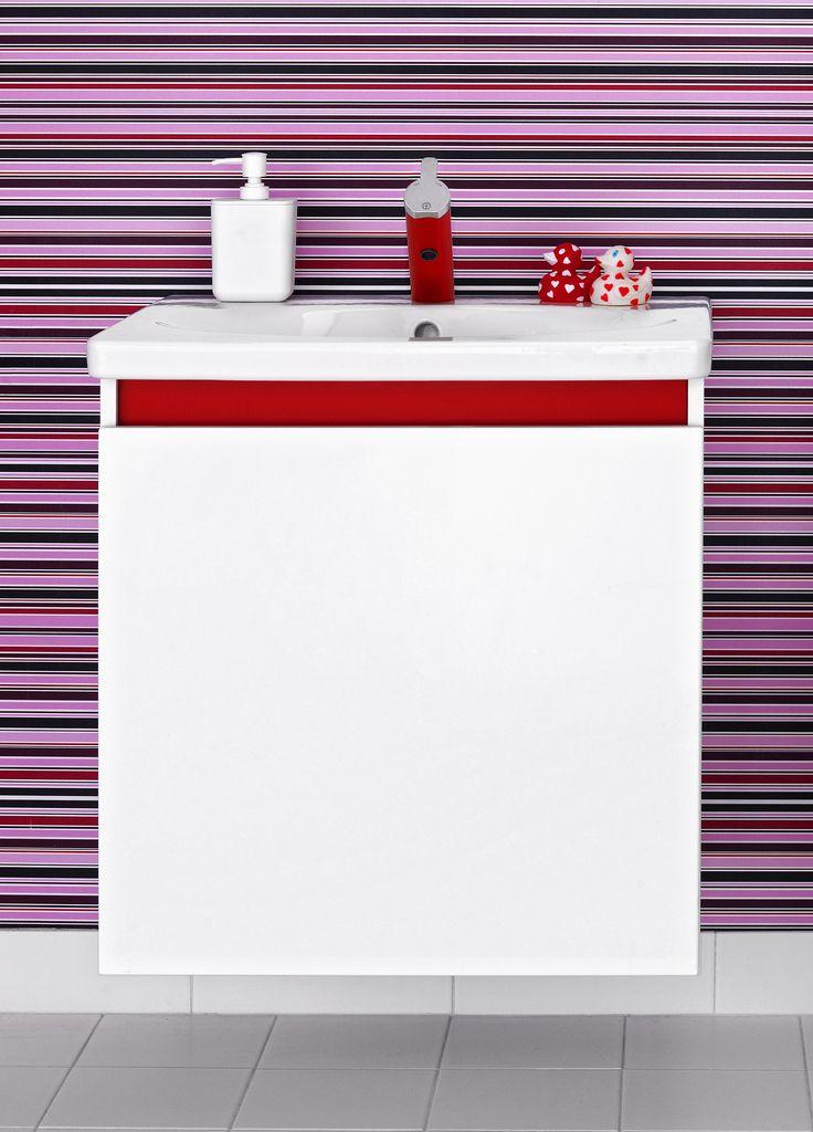 Tvättställ för bänkskiva från Nautic med minimalistisk design.