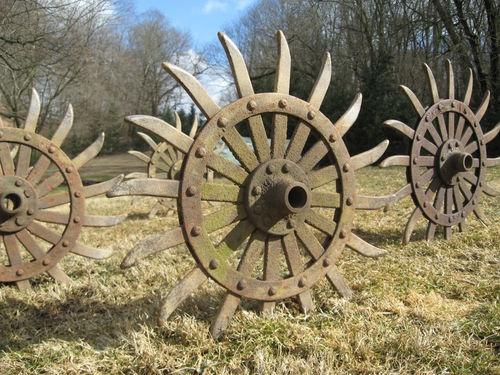 vtg industrial cast iron metal farm wheel steampunk gear yard art garden decor ebay