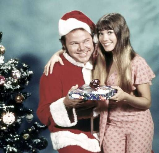 Roy Clark and Barbi Benton