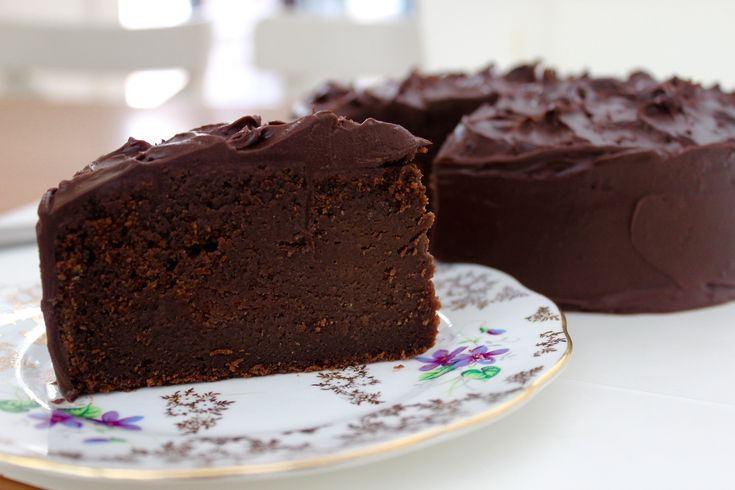 The Very Muddy Mud Cake - the only mud cake recipe you will ever need. www.cookfasteatslow.com