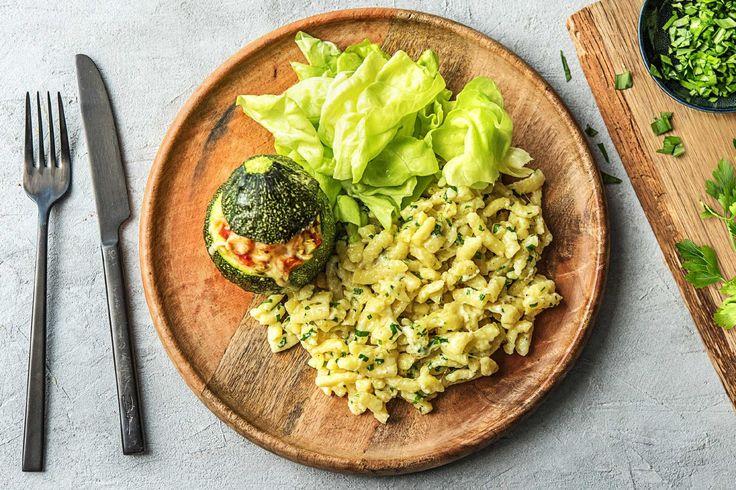 Bei diesem leckeren Gericht haben wir uns nicht nur von der schwäbischen Küche inspirieren lassen. Ein Hauch mediterrane Würze darf heute nämlich nicht fehlen! Und das absolute Highlight? Die Rondini-Zucchini! Mhhhh … lass Dir dieses ballaststoffreiche Gericht schmecken!