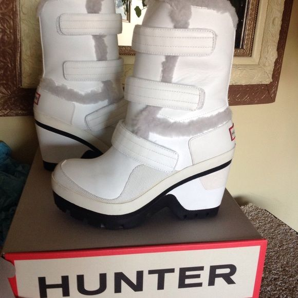 HUNTER winter boots Hunter white leather, genuine shearling lined winter boots.  SUPER cute and WARM!!!  Brand New w/box.  No trades, no lowballs.  Priced to sell!! Hunter Boots Shoes Winter & Rain Boots