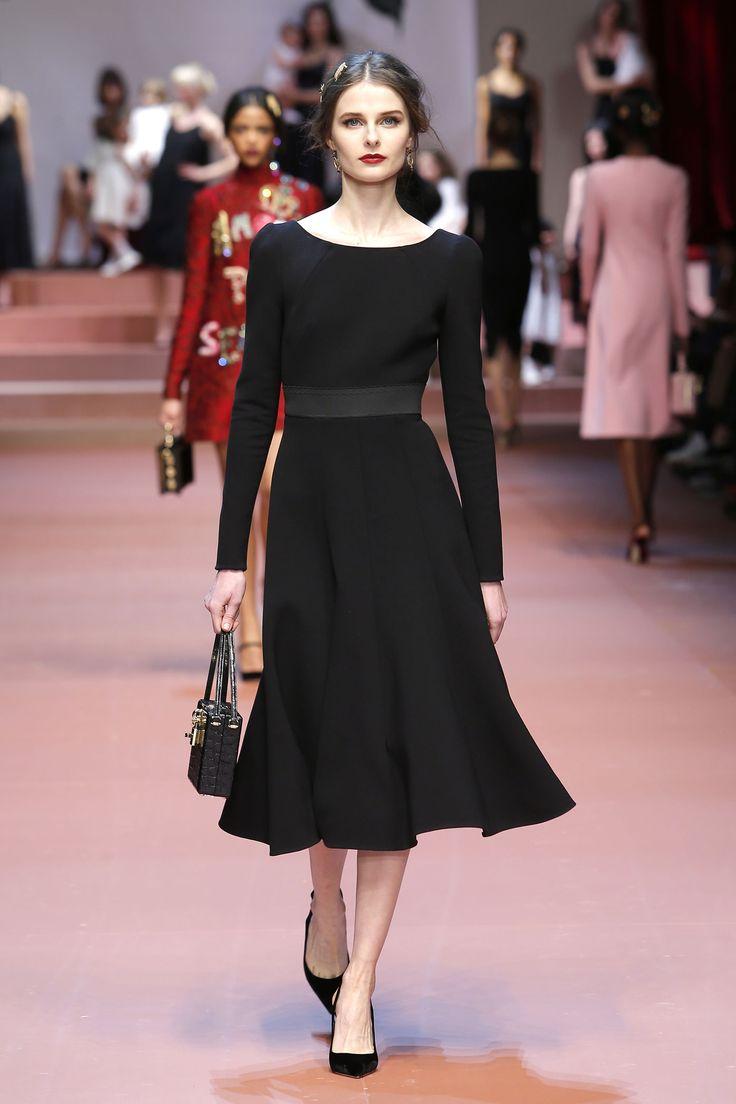 dolce-and-gabbana-winter-2016-women-fashion-show-runway-49-zoom