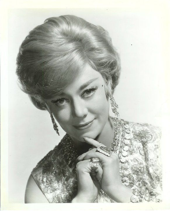 glynis johns net worth