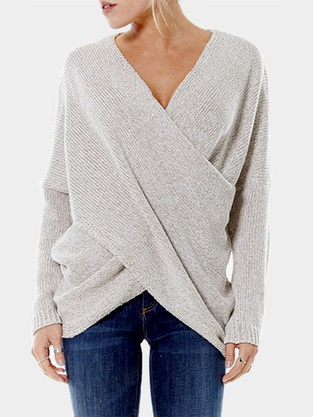 Travel on trend in a fashion jumper with v-neck. This piece has irregular design that gives you a relax touch, Moreover, it is with cross front, which makes you look special compared with the other jumper. Pair it with dresses or leggings also perfect.