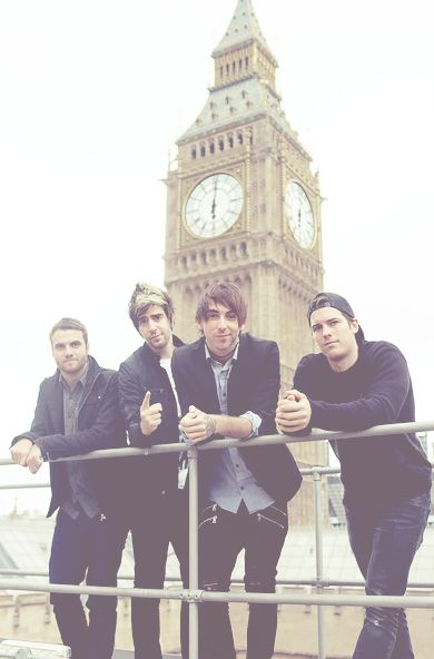 To meet them is on my bucket list!! All Time Low ❤ this band is just amazing...They're unexplainable.