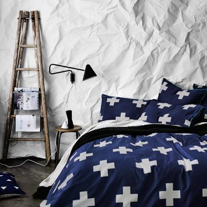 Crosses Marine Queen bed quilt cover