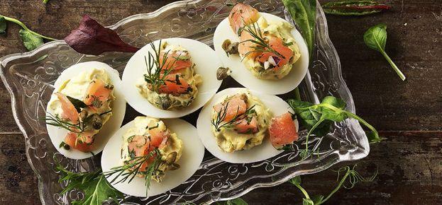 Hemkop.se | Ägghalvor med gravlax och senapskräm