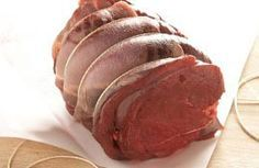 ROAST HAUNCH OF VENISON WITH A RED WINE GRAVY