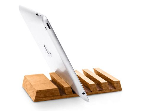One of our favorites. Keep your desk organized with this modern, contemporary charging station for up to 5 devices including smart phones, tablets and/or ebook readers. Handmade from oak wood, it will                                                                                                                                                                                 More