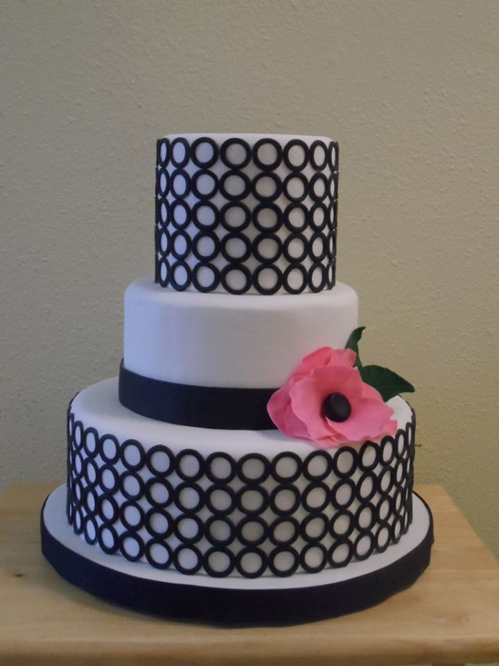 Round Wedding Cakes - My First Competition cake.  Dummy cake of course. Hand Cut Fondant decorations!
