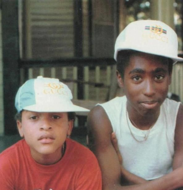 This is a pic of Yaki Kadafi and Tupac (RIP to both).