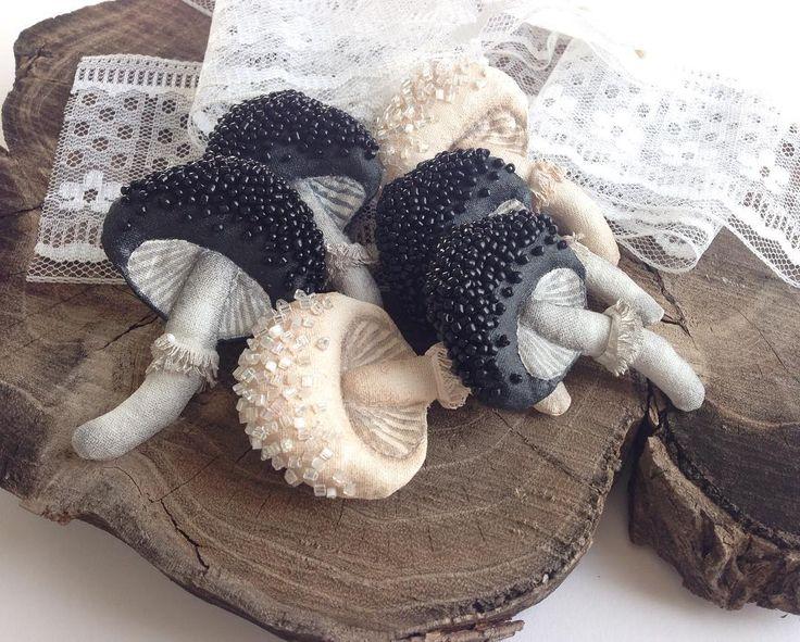 """726 Likes, 51 Comments - Б Р О Ш И В Ы Ш И В К А (@lisa_karmannaya) on Instagram: """"Ну и вот✌ а то совсем куда-то пропала) Ох уж эти бесконечные грибы в последнее время☺️ Да и…"""""""