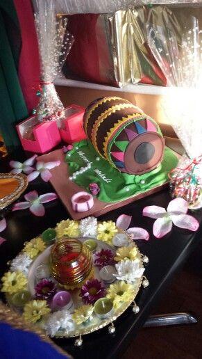 Mehndi 'dhol' cake