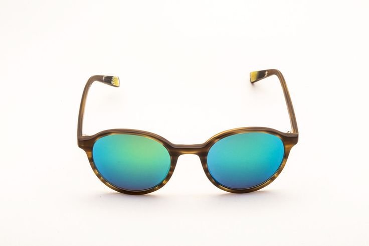 IRA SUNGLASSES by VITO&WILLY - #sunglasses #eyewear #shopping #fashion #fashioneyewear #trend #style http://vitowilly.com/collections/sunglasses/products/ira-sunglasses