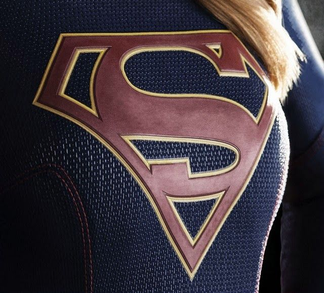 ANÁLISIS DEL TRAJE Y LOOK DE MELISSA BENOIST COMO SUPERGIRL ~ SUPERMANJAVIOLIVARES: NOTICIAS SUPERMAN, MAN OF STEEL, BATMAN V SUPERMAN: DAWN OF JUSTICE